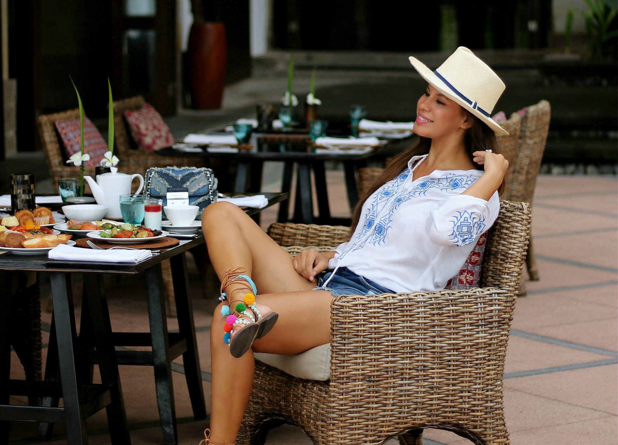 Tamara Chloé, 5 cafe's you want to flaunt on Instagram, The legian Bali Hotel