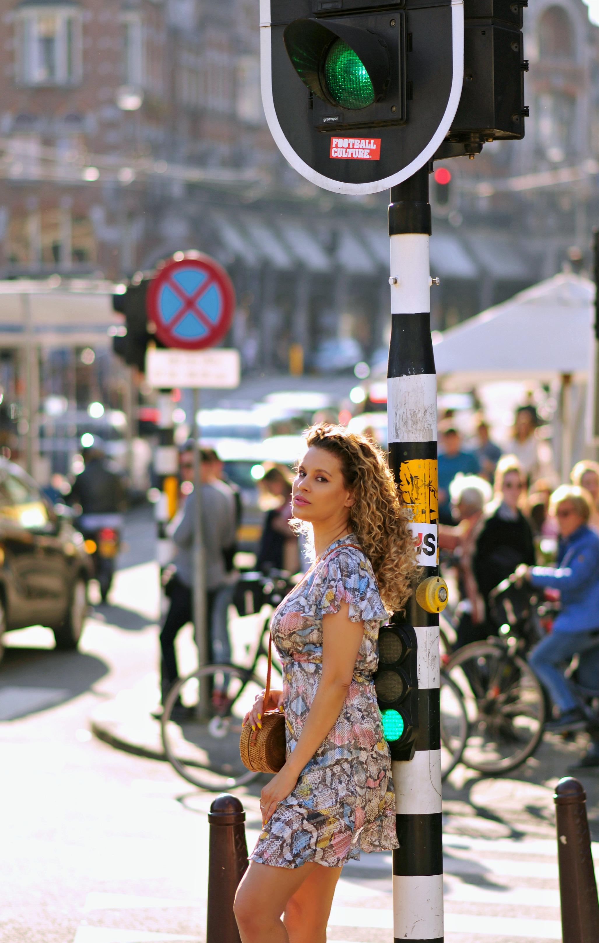 Dam square, Amsterdam, Tamara Chloé, Snakeskin dress, bali bag6