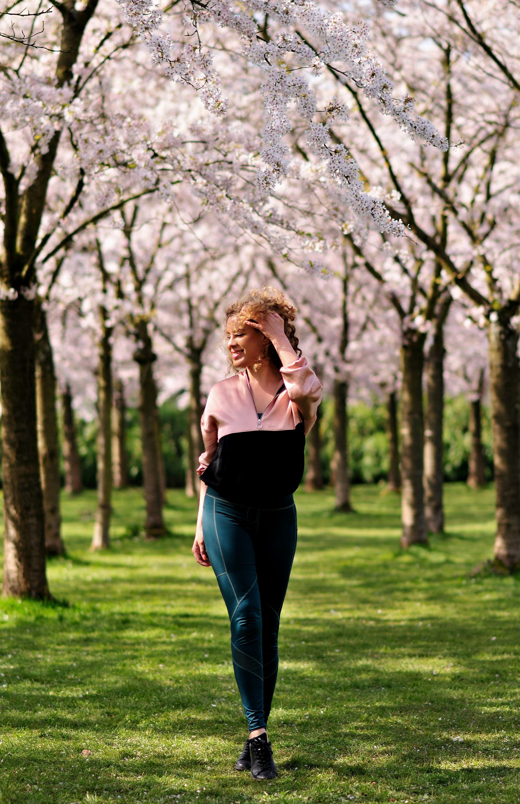 Social distancing, How to safely exercise outdoors, Covid-19, coronavirus, Tamara Chloé, Cherry blossoms, Amsterdam